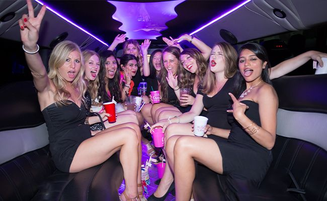 Look For These Qualities When Chartering a Party Bus